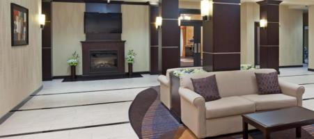 Holiday Inn Express & Suites Woodstock