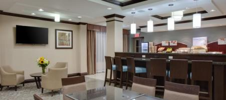 Holiday Inn Express & Suites East-Orleans