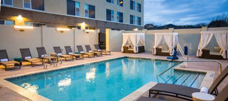 Cambria Hotel and Suites Soutlake