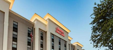Hampton Inn & Suites Dallas-DFW Airport North-Grap