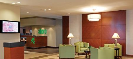 Holiday Inn & Conference Ctr-Burlington