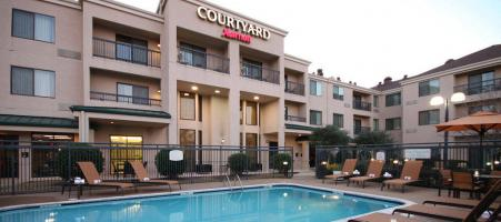 Courtyard by Marriott Lewisville